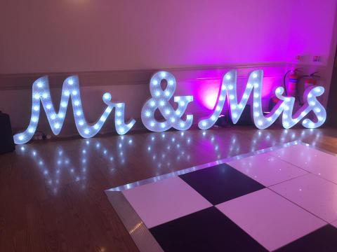Mr And Mrs Light Up Sign Hire Event Store Event Store